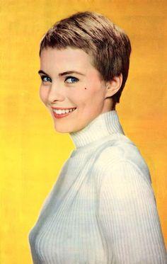 Pulp International - Photo of American actress Jean Seberg circa 1963