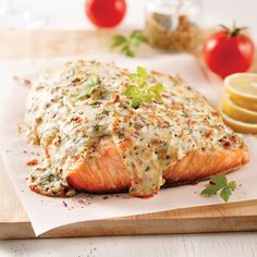 Filet de saumon gratiné - Je Cuisine Fish Dishes, Main Dishes, Fish Recipes, Snack Recipes, Confort Food, Salmon Fillets, Baked Salmon, I Foods, Healthy Snacks