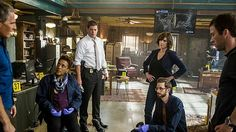 """The NCIS team partners with Homeland Security after the murder of a Navy master diver is linked to chatter of a foreign attack on the city onNCIS: New Orleans.      """"The Third Man"""" (Episode 23, Season 2 ofNCIS: New Orleans)"""