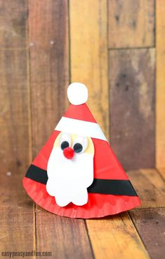 Rocking Paper Plate Santa Craft for Kids #Christmascraftsforkids #Paperplatecraftsforkids #Santacraftsforkids