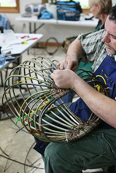 Step-by-Step Willow Baskets with Jo Campbell-Amsler at the John C. Campbell Folk School | folkschool.org