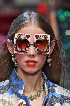 Dolce   Gabbana - ELLEDecor.com Солнцезащитные Очки, Мода От Кутюр, Очки, 88920f4de67