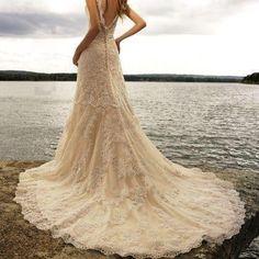 vestido de novia en encaje crema