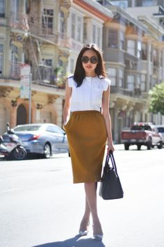 Workwear Chic - Ocher skirt, shoes python #workwear #outfit #style #womenswear #summer #leatherbag