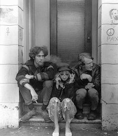 Classic image of Haight-Ashbury hippies looks rather normal today. At the time, though, the rest of the nation was getting jittery.