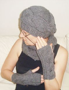 0f3e801dbf7 Items similar to Grey Womens Hat Scarf Gloves