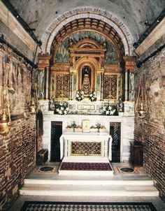 Story of Our Lady of Loreto and The Holy House of Nazareth by Bob and Penny Lord (photo of the interior of the Holy House)