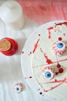 Layer cake ensanglanté pour Halloween