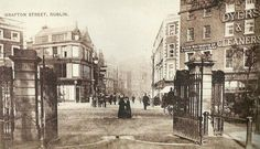 """""""Dublin History ~ Top of Grafton Street entrance to St Stephens Green before they built the Arch in Old Images, Old Pictures, Old Photos, Vintage Photos, Ireland Pictures, Images Of Ireland, Dublin Street, Dublin City, Grafton Street"""