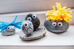 Randomness by Petchy: Crafting with kids: pebble trolls!
