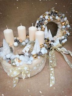 Diy Christmas Ornaments, Christmas Holidays, Xmas, Centerpieces, Table Decorations, Candle Holders, Wreaths, Candles, Advent Wreaths