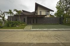 Tago: A Take on the Modern Bahay-Kubo Real Living Philippines Modern Filipino Interior, Asian Interior Design, Interior Exterior, Asian Architecture, Beautiful Architecture, Architecture Design, Philippines House Design, Thai House, House 2