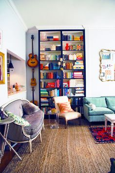 Bookcase styling and hanging guitars Little Green Notebook, Living Spaces, Living Room, Living Walls, Home Libraries, Piece A Vivre, Reading Nook, My New Room, Apartment Living