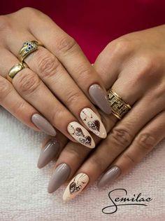 Pin di phoebe su paznokcie - wzory nail art, nail art designs e nails. Nude Nails, Matte Nails, Nail Manicure, Nail Polish, Valentine Nail Art, Round Nails, Pretty Nail Art, Creative Nails, Gorgeous Nails