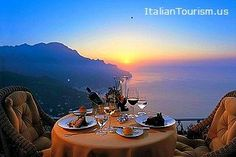 Amalfi Coast vacations are the perfect Italy destination for a honeymoon, to celebrate an anniversary, or to just wind down http://italiantourism.us/amalfi-coast-holidays/