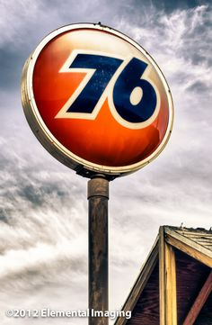 AbandonedUnion 76 Gas Station, Mohave Arizona. Along old Route 66. All that's left is a faded #76 #ball and a shell.