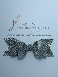 Handmade 3 Hairbow on your choice of Barrette clip or Alligator clip. Hairbows, Mesh, Glitter, Trending Outfits, Unique Jewelry, Handmade Gifts, Silver, Accessories, Vintage