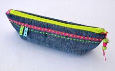 Federmäppchen Jeans Sterne Neon