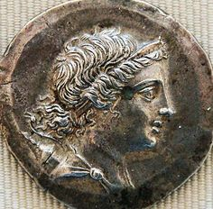 Head of Artemis with bow and quive - Silver tetradrachm from Magnesia on the Maeander, ca. 155–145 BC