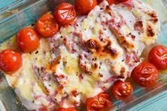 Ein super einfaches, aber extrem leckeres Low Carb Abendessen, das Groß und Kle… A super simple, but extremely delicious low carb dinner that tastes great and small! Low Carb Lunch, Low Carb Keto, Low Carb Recipes, Vegetarian Recipes, Healthy Recipes, Law Carb, Ham And Cheese, Baked Cheese, No Carb Diets