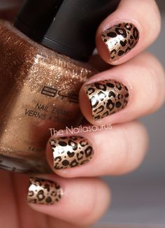 animal print nails | bronze glitter and black spots