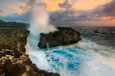 Magnificent Waterblow at Nusa Dua Envision majestic Indian Ocean waves crashing against rock cliffs – have you ever seen a waterblow in person? Visit the hidden rock cliff in Nusa Dua to witness one of nature's prettiest sights.