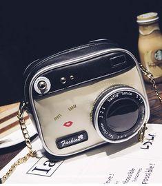 Bolsa Fashion em forma de Câmera Digital material: Couro Sintético PU tamanho: Comprimento 19cm * Largura 9m * Altura 15cm (±-2 cm) Bolsa acompanha alça