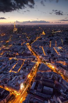 Paris at night. #travel #vacation +++Visit http://www.thatdiary.com/ for guide + advice on #lifestyle