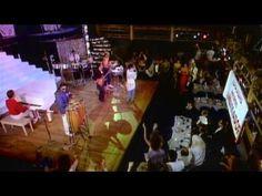 { 1986 } Gloria Estefan & Miami Sound Machine -  Conga