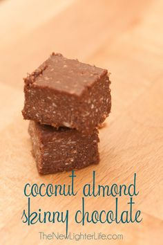 Coconut Almond Skinny Chocolate c. coconut oil c. unsweetened cocoa powder 3 Tbsp Xylitol or Truvia powdered tsp salt 1 tsp almond extract 1 tsp vanilla extract c. dried coconut shredded and unsweetened Directions: Mix all the ingred Trim Healthy Recipes, Trim Healthy Momma, Thm Recipes, Dessert Recipes, Dessert Bars, Healthy Desserts, Delicious Desserts, Yummy Food, Heathy Treats