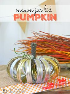 Looking for an easy fall craft? This mason jar lid pumpkin is super simple. With…