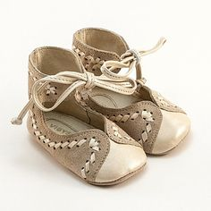 Baby shoes made from two toned beige leather van Vibys op Etsy, $60.00