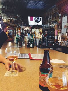 Sergios World of Beers - Bar Hopping in Louisville!