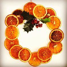 A legillatosabb koszorú! Dec 30, Advent, Orange, Fruit, Instagram Posts, Christmas, Wreaths, Xmas, Navidad