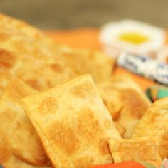 Brazilian Pastel Dough Recipe, Snack Recipes, Cooking Recipes, Snacks, Savory Waffles, Tortilla Chips, Good Food, Food And Drink, Homemade
