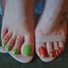 For the feetlovers out there. Credits to the goddess Pretty Toe Nails, Cute Toe Nails, Sexy Nails, Sexy Toes, Pretty Toes, Nice Nails, Acrylic Toe Nails, Painted Toe Nails, Toe Nail Color
