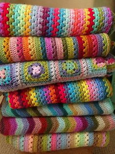 44 Best ideas for crochet stitches for blankets attic 24 – Crochet Blanket İdeas. Crochet Stitches For Blankets, Easy Crochet Blanket, Crochet For Beginners Blanket, Crochet Blanket Patterns, Knitting Patterns, Attic 24 Crochet, Love Crochet, Diy Crochet, Crochet Baby