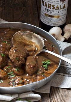 Mushroom Marsala Pork Tenderloin - quick and easy dinner, starting with easy pork tenderloin. Ready in less than 30 minutes! #seasonsandsuppers #pork #recipe #porktenderloin #marsala #quick #mushrooms