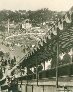 BERLIN um 1928, im Lunapark in Halensee. Europas zur damaligen Zeit größter Freizeitpark.