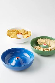 With a sculptural center featuring a house on a hill, this bowl makes a whimsical fruit bowl or chip dish. Better yet? It can turn mealtime into an adventure for your little one. New Home Gifts, Gifts For Mom, Fox Stuffed Animal, Unique Wallpaper, Nature Table, House On A Hill, Kitchen Collection, Gadgets And Gizmos, Dinnerware Sets
