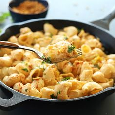 Vegan Green Chili Mac n Cheese | Minimalist Baker Recipes