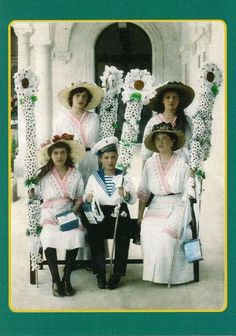 The Romanov children. Love this picture.
