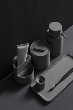 HUI is the latest bathroom accessories line by independent design studio BENTU, a minimalist yet elegant collection crafted entirely in concrete. Bathroom Accesories, Bath Accessories, Minimalist Bathroom, Minimalist Kitchen, Le Manoosh, Toothbrush And Toothpaste Holder, Beton Diy, Concrete Bathroom, Design Blogs