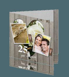 Uitnodiging 25 jaar huwelijk hout met hart bloemen en foto. 40 jaar getrouwd uitnodigingskaartje