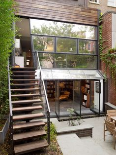 Chelsea Townhouse by Archi-Tectonics | HomeDSGN, a daily source for inspiration and fresh ideas on interior design and home decoration.