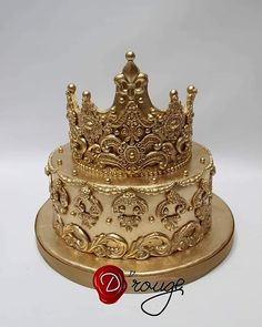 Torta Corona 100 % Comestible. Wedding Gifts, Wedding Cakes, Cupcake Cakes, Cupcakes, Crown Cake, 18th Birthday Cake, Cake Decorating Videos, Cakes And More, Cake Art