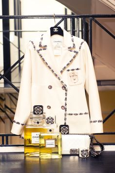 You know that place where CHANEL's best clients are received and fitted? Yeah, we went there. http://www.thecoveteur.com/chanel-paris-store/?hvid=2JG9XL