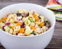 Abnehmen Salat von Mini-Pasta mit Crudités: www. Summer Pasta Salad, Easy Pasta Salad, Salad Dressing Recipes, Salad Recipes, Crockpot Recipes, Cooking Recipes, Make Ahead Salads, Cilantro Pesto, Slow Cooked Chicken