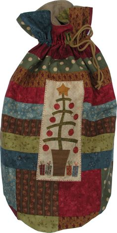 Book: A Christmas Story: Sack Christmas Patchwork, Christmas Sewing, A Christmas Story, Christmas Ideas, Fabric Gifts, Fabric Bags, Hatch Patch, Annie Downs, Sewing Crafts