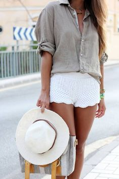 Summer Outfits Casual Chic, Casual Summer, Summer 3, Summer Chic, Summer Colors, Summer Nights, Khaki Shirt, Nude Shirt, Beige Shirt